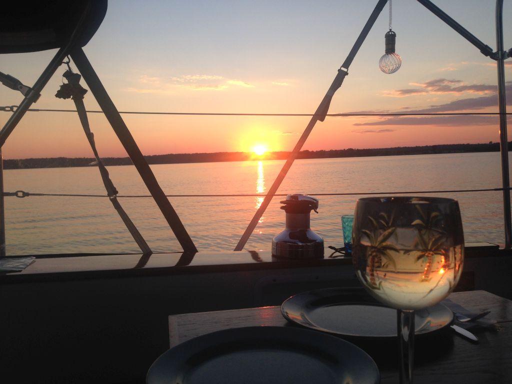 Teliki - sunset cheer